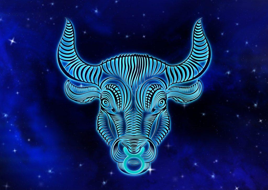 Персональный гороскоп на август 2020: что прогнозируют астрологи Тельцам