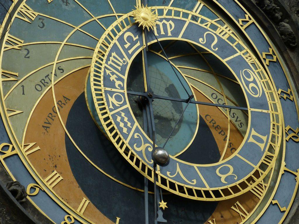 Гороскоп на 24 июля 2020 года: что советуют астрологи каждому знаку зодиака
