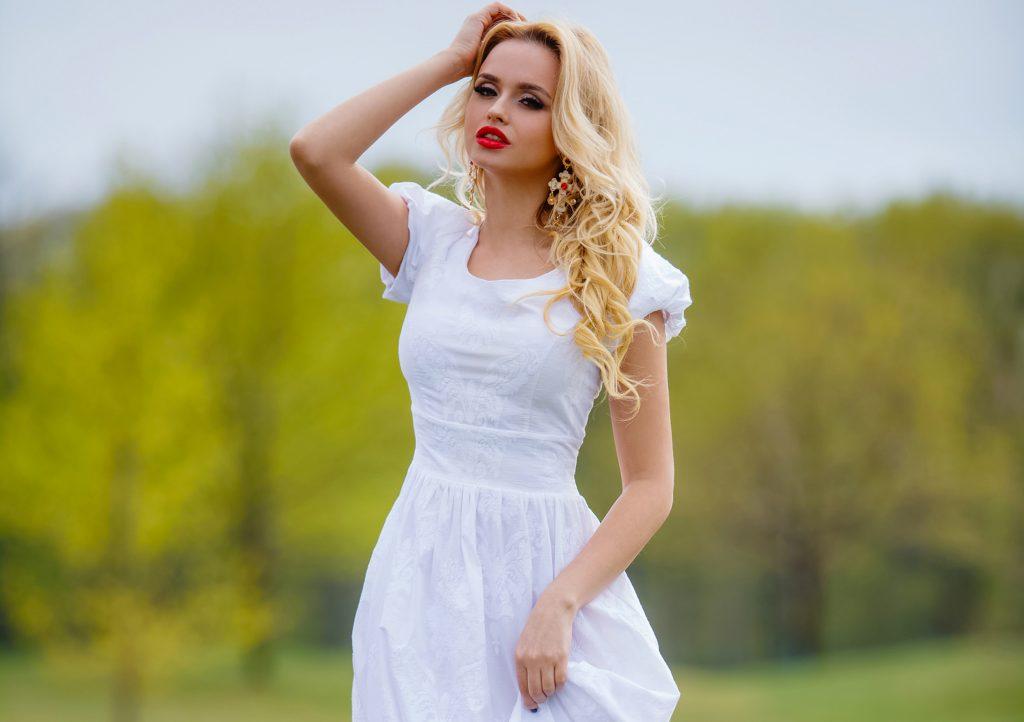 Спастись от жары: одежду из каких тканей носить летом, чтобы не было душно