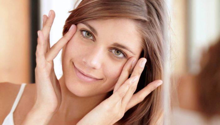 Одна на пятьдесят: почему некоторые женщины не любят макияж
