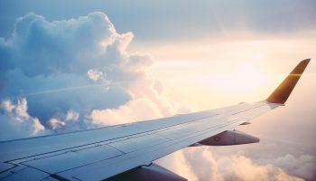 Экономный полет: когда покупать билеты, чтобы потратить меньше денег