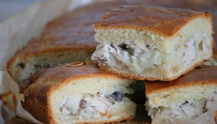 Рыбник: рецепт дрожжевого пирога с рисом и консервами