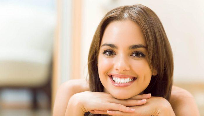 Белоснежные и здоровые: 6 продуктов, которые укрепят зубы