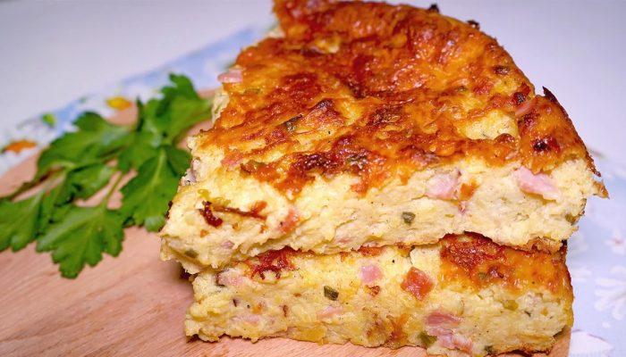 Полезный и сытный завтрак: рецепт запеканки с овсянкой и беконом