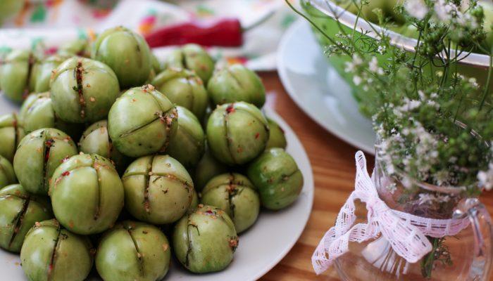 Вкусные зеленые помидоры: рецепт консервирования с фаршированными овощами на зиму