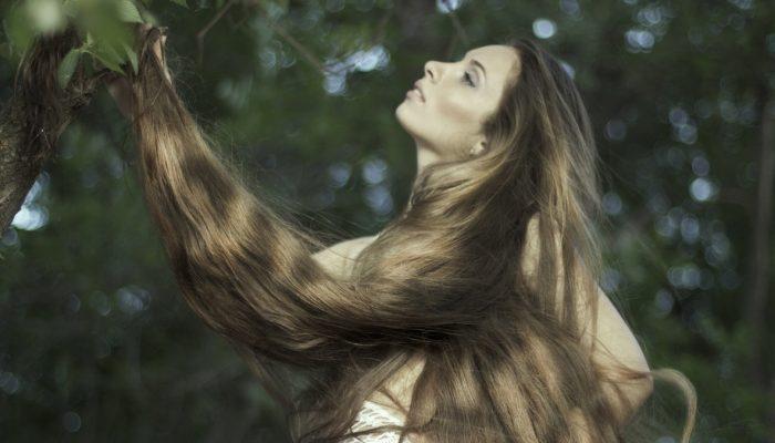 Украинская Рапунцель: как живёт девушка с шикарными косами