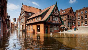 Ученые предсказывают наводнение в 2040 году: многие столицы исчезнут с лица Земли