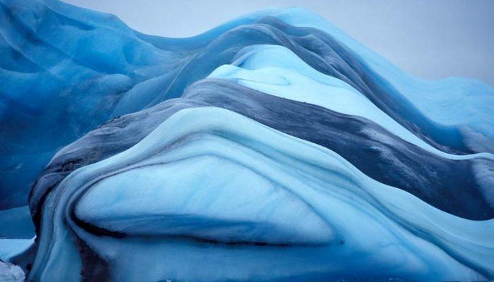 Интересные явления в природе: мираж, движущиеся сами по себе камни и море, которое светится